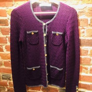 Get cozy with this classy, Trina Turk pullover!!